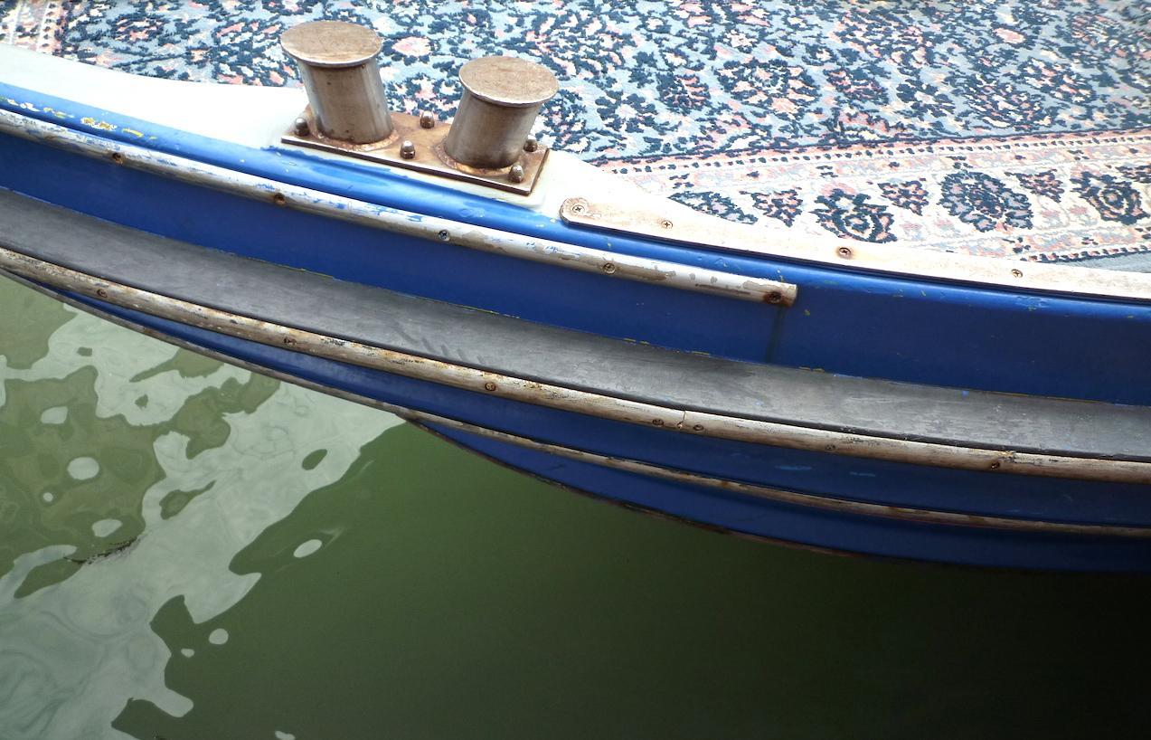 Barque bleue Venise
