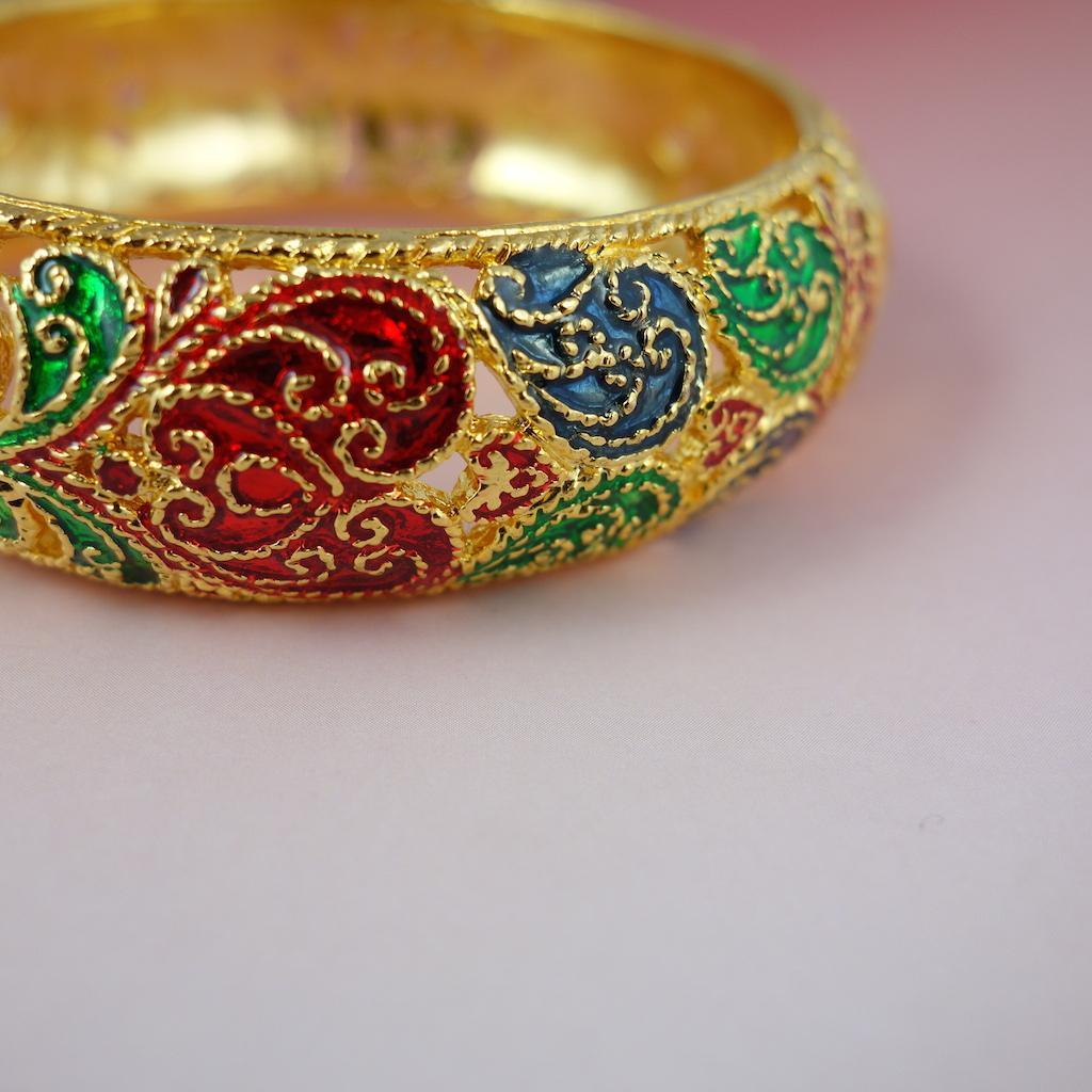 Macro bracelet jonc Saphan doré dentelle d'or