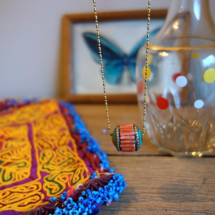 collier-bengali-vintage-corail-turquoise-laiton-vieil-or-deco