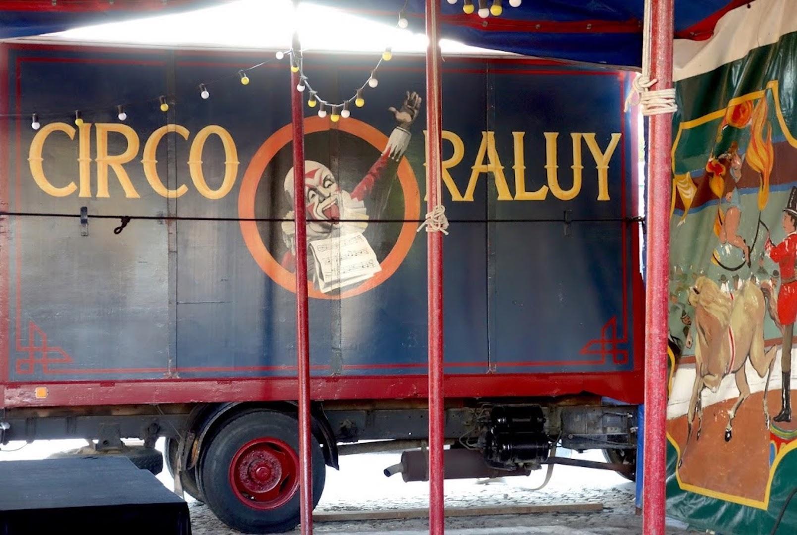 cirque-barceloneta-vintage-boheme-voyage