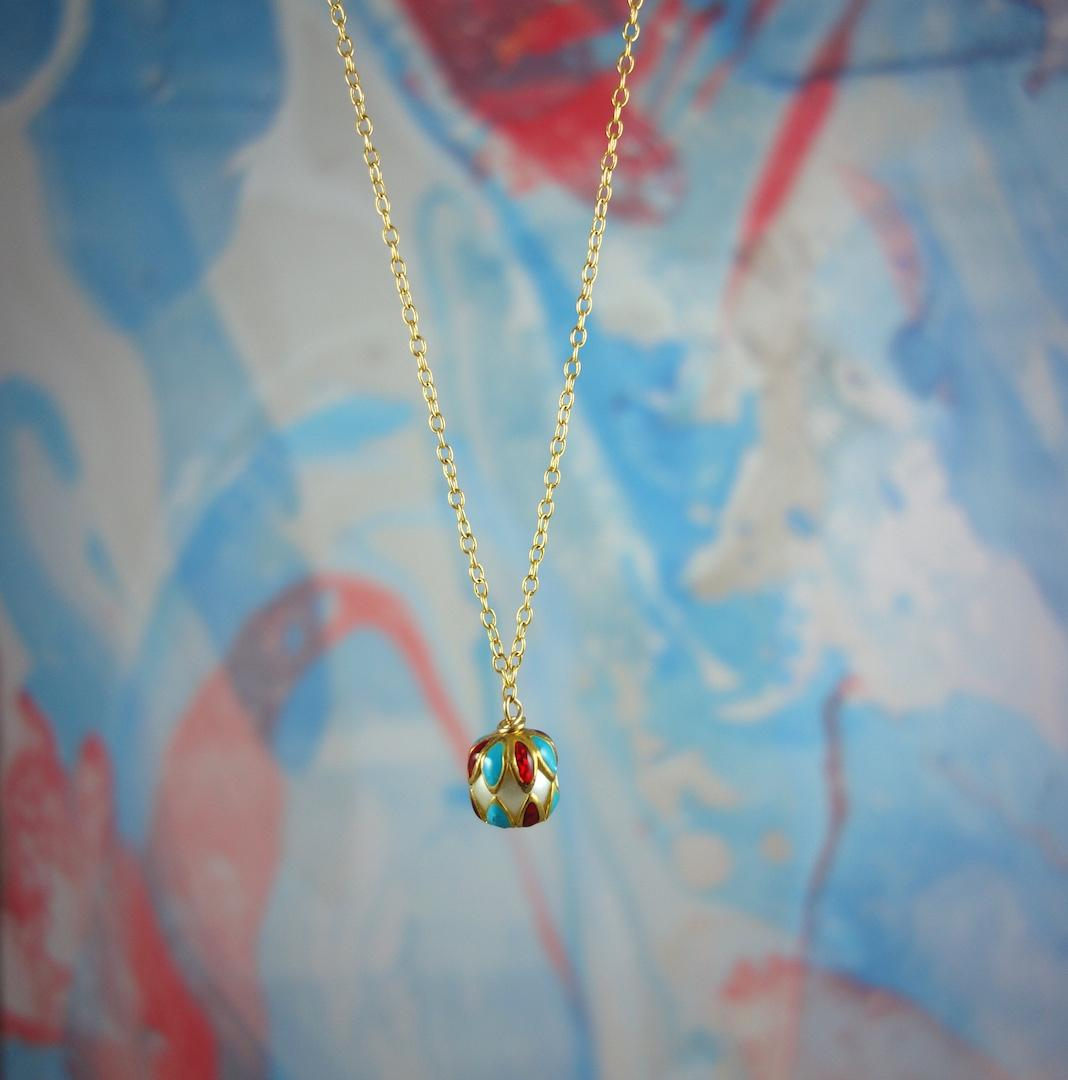 collier-arlequine-arlequin-italie-perle-commedia-dell-arte-or-graphique-losanges-multicolore