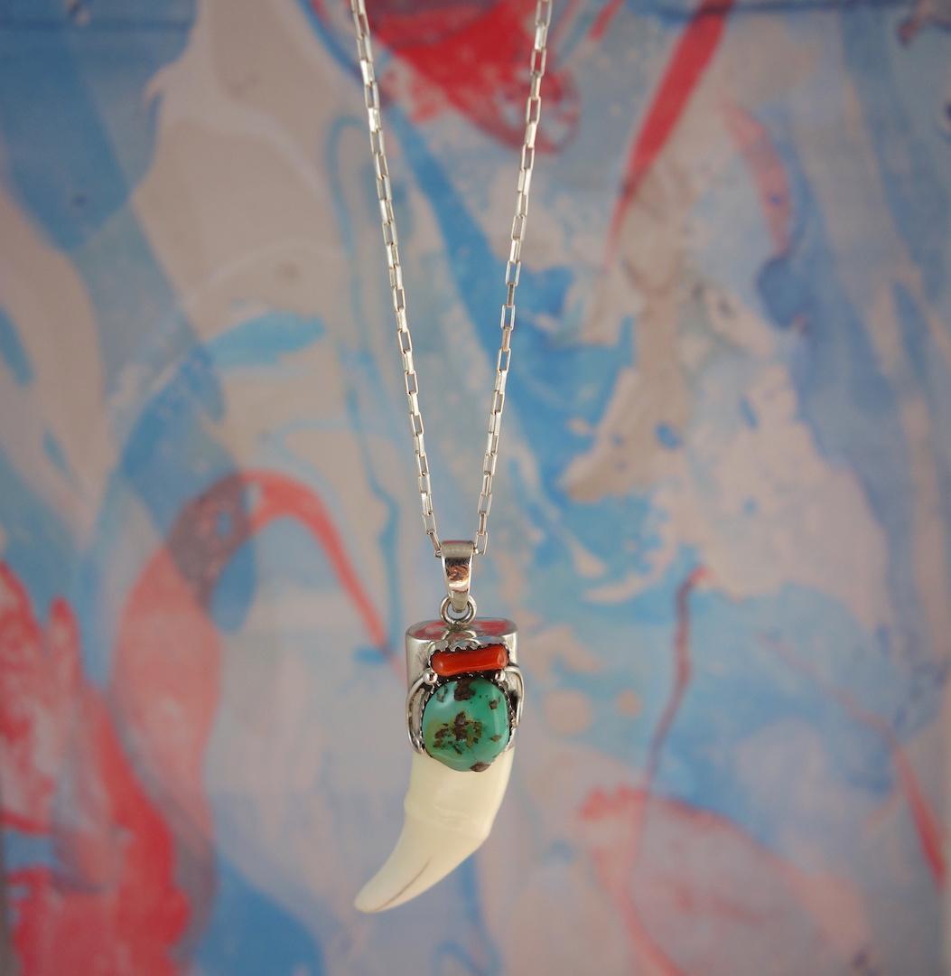 collier-puerto-escondido-dent-de-poisson-roulotte-turquoise-argent-surf-grigri-talisman